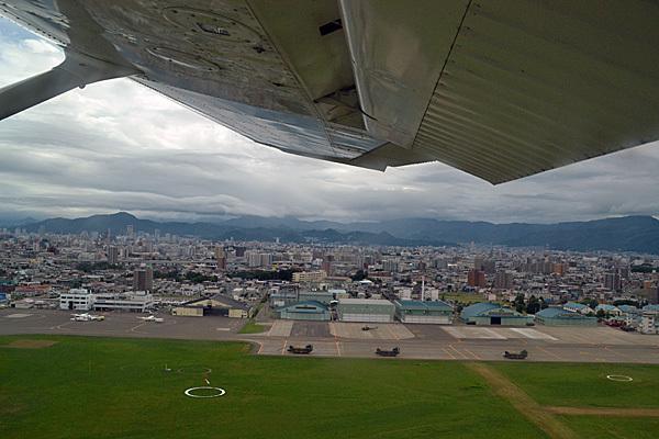 13.7.27丘珠空港001.jpg